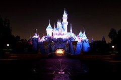 Disneyland 11-4-09277 (Ring of Fire Hot Sauce 1) Tags: christmas disneyland sleepingbeautycastle