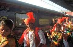 India (Mumbai) Welcome ceremony for The Deccan Odyssey guests (ustung) Tags: india mumbai welcome ceremony deccanodyssey guest train tour nikon
