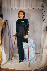 amp-1309 (vsmrn) Tags: amputee woman onelegged crutches