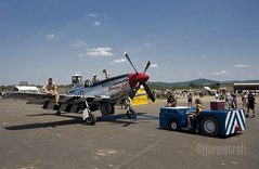 Moving out to the flightline (ravenscroft) Tags: canon fighter mustang 1785mm p51mustang p51d glamorousgal 40d americanfighter canon40d p51dglamorousgal readingpennsylvaniareading pawwiiweekendwwiiweekendwwiiairshowwwiiairshowairshowworldwariimidatlanticairmuseumaviationaircraftairplane
