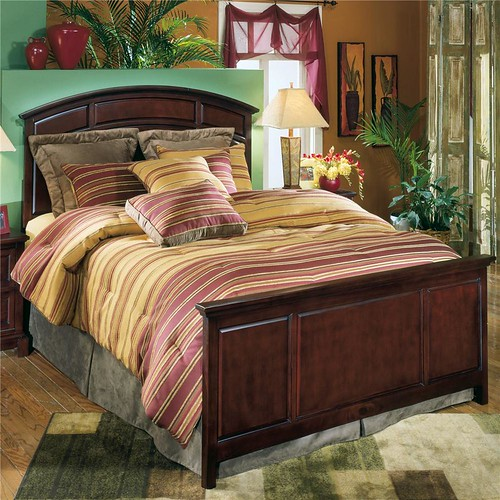 Stunning Ashley Furniture Hillhouse Queen Size Panel Bed with Arched Headboard