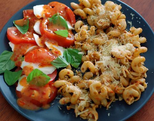 pasta with tomato salad