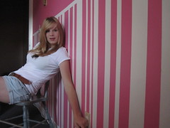 I wanna be all yours. (Calli.Ann) Tags: pink blue summer white cute green girl smile hair print happy eyes chair stripes room young tshirt teen leopard blond blanket cannon summertime shorts walls calli teeneger