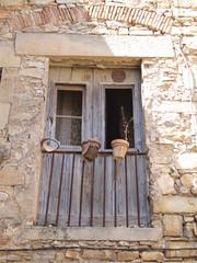 el Talladell - Carrer de Sant Pere - Abandon(art) (Ramon Orom Farr [calBenido]) Tags: talladell eltalladell trrega urgell provnciadelleida pasoscatalans catalunya catalonia catalua balcons balcones porticons porticones abandonat abandonado rstic rstico mundorstico calbenido balc balcn balcony balcone barana barandilla baranda railing