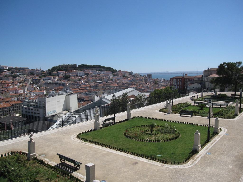 Miradouro de São Pedro de Alcantara by Bernt Rostad, on Flickr