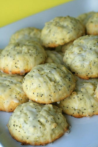 LiveSTRONG with Lemon Poppy Seed Cookies | Annie's Eats
