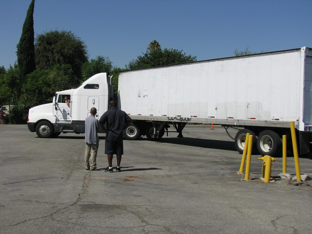 Commercial Truck Driving School in Orange County California