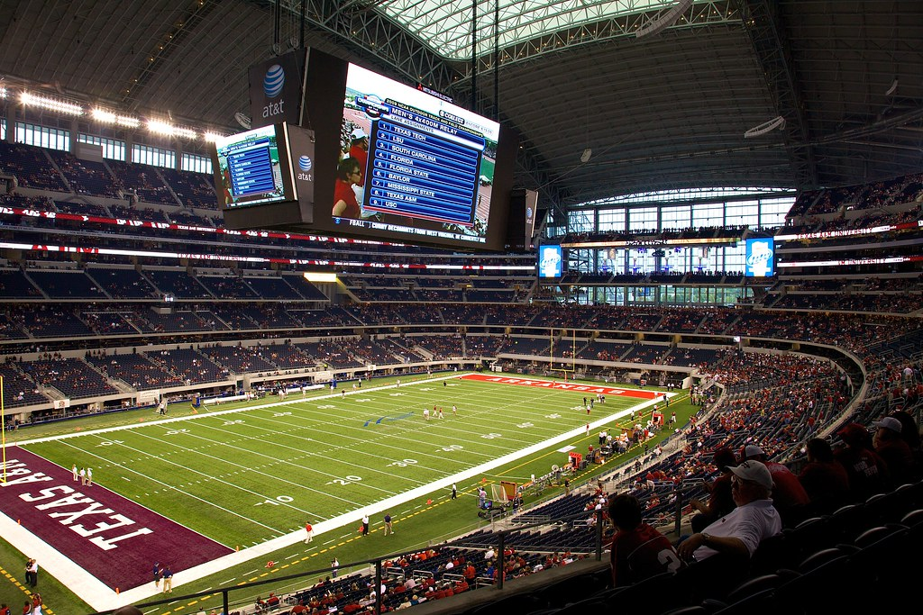 Texas AM vs. Arkansas Razorbacks at Cowboy Stadium