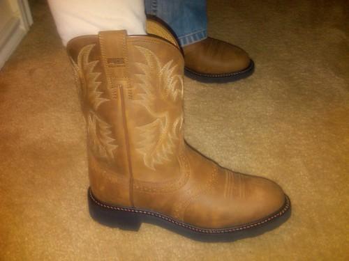brown work cowboy boots ariat