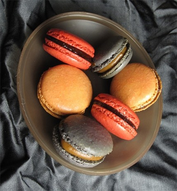 Lemonade Stand's Fall Macarons
