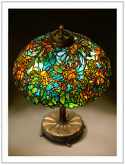 Spidermum N211c (katana_koshirae) Tags: lighting art nature glass lamp floral handicraft design antique decorative interior crafts arts culture stained collection american lamps nouveau tiffany spidermum