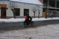 2009dec_Hmv_239 (emzepe) Tags: hungary december east motorbike german utca motor moped ungarn 2009 simson tlen hongrie havas h tl utck teleki hdmezvsrhely motorbicikli utcn virgbolt utci virgvarzs