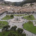 Cusco: Plaza de Armas del Cusco, antigua explanada sagrada Awkaypata de los Inkas. En el mundo andino prehispánico, esta Plaza fue muy venerada en todo el Tawantinsuyo