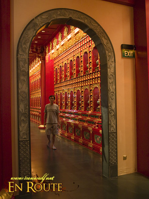 Buddha Tooth Temple Devotee and Hall