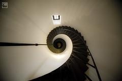 simetras (lucia meler maura) Tags: contraluz faro escalera espiral caracol altura 2010 lapaloma simetra nikond700 elcaurtooscuroestudio