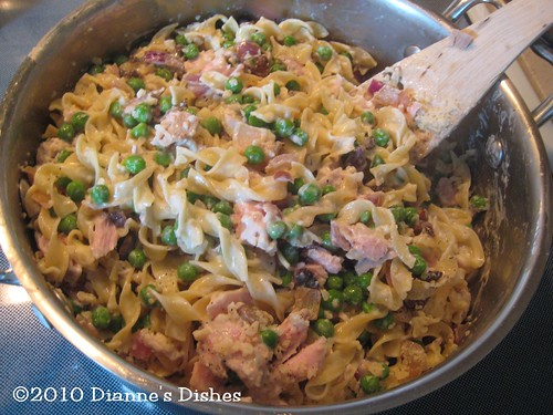 Grown Up Tuna Casserole: Filling