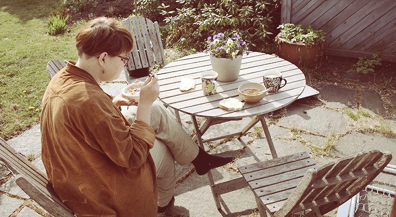 Frukost ute med Binki, lördagmorgon