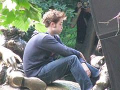 taken by me, rm set 6.30, morning (cybermelli) Tags: park new york city nyc moon robert me bike bicycle june statue set kids movie children de dawn book eclipse photo video twilight pix remember sister alice candid central pic rob edward paparazzi shooting fans emilie director wonderland filming 2009 ravin breaking memoirs cullen pattinson