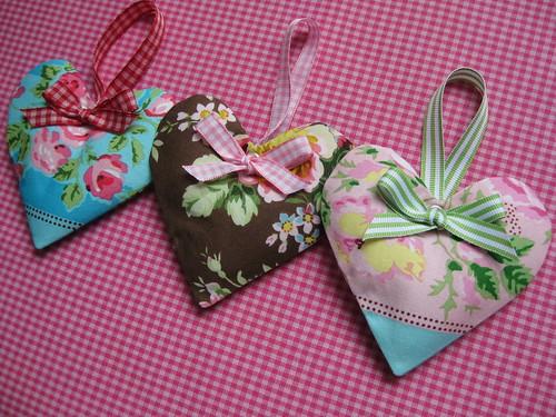 Drei kleine Herzen