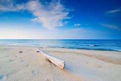 the day that never comes (arabischenab) Tags: beach nikon malaysia pantai cokin d80 baturakit terenggany tokina1116mmf28