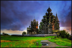 Kiji Island at Sunset, Russia (Scape) Tags: world wood sunset heritage church architecture de soleil flickr russia coucher unesco estrellas orthodox karelia eglise hdr russie bois mondial patrimoine kiji abigfave theunforgettablepictures brillianteyejewel quarzoespecial