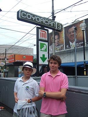 métro Coyoacan.jpg