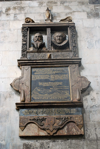 Monument to Percival and Agnes Smallpace