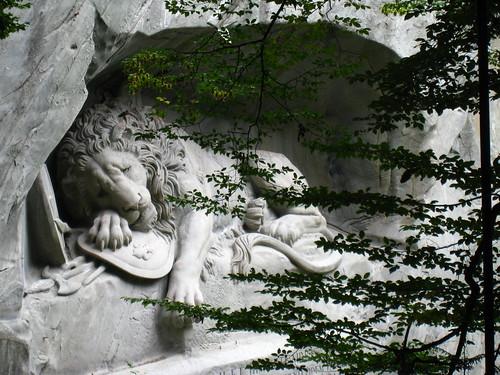 瀕死之獅 Löwendenkmal