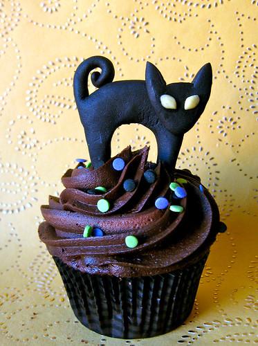 black cat halloween fondant edible cupcake topper