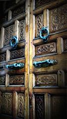 knock knock (Ztazen) Tags: door wood old sculpture house art home architecture morocco maroc moorish medina porte maison islamic rabat marocaine mauresque