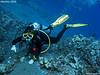Pointing out (Kona, Hawaii, USA. Oct-2009) (alfonsator) Tags: ocean canon hawaii underwater pacific scuba diving powershot monica kona pacifico buceo oceano submarino g9 ikelite alfonsator