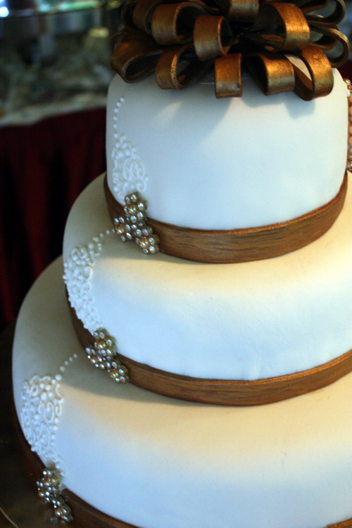 Fai & Chean wedding cake