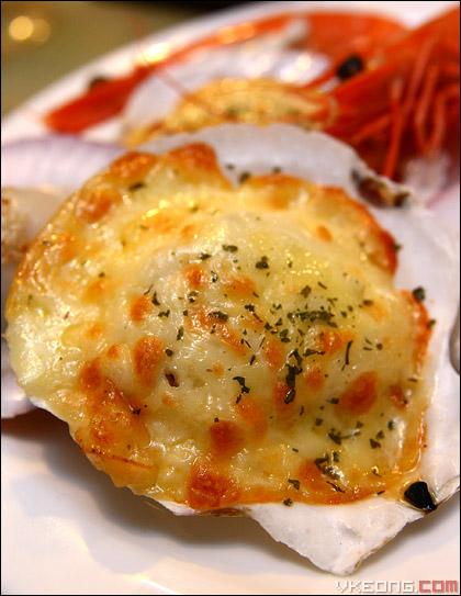 cheese-baked-scallop