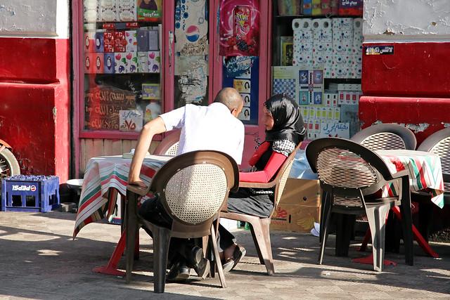 エジプト、カイロ、カフェのカップル