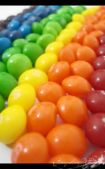 Skittles (in rainbow) (Jack Venancio) Tags: food macro colors cores rainbow sony comida eu cybershot colores e favoritas arcoris skittle lover amo skittles confeitos w35 voc sonycybershotw35 colourartaward flickrsrainbowpics