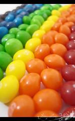 Skittles (in rainbow) (Jack Venancio) Tags: food macro colors cores rainbow sony comida eu cybershot colores e favoritas arcoíris skittle lover amo skittles confeitos w35 você sonycybershotw35 colourartaward flickrsrainbowpics