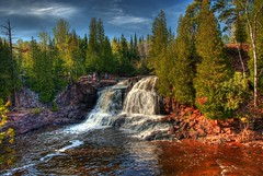 Gooseberry falls (upper) - Minnesota (WorldofArun) Tags: park trip travel summer lake nature up minnesota 30 forest river landscape coast spring high woods nikon scenery waterfront dynamic state north shoreline scenic superior roadtrip falls fresh greatlakes upper trail waterfalls shore join planet multiple coastline gorge lower upnorth middle duluth 2009 soe hdr highdynamicrange gooseberry exposures cascaderange 18200mm photomatix nikond40x yenumula worldofarun arunyenumula