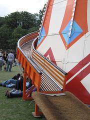 Lovebox Weekender (russelljsmith) Tags: park uk friends england music orange game green london festival fun concert victoriapark europe gig fair drinks drunks 2009 lovebox loveboxweekender 77285mm loveboxweekender2009 lovebox2009 lastfm:event=861454