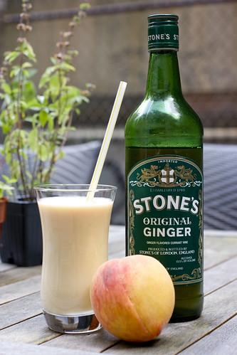 Lassi, peach, Stone's GInger 6