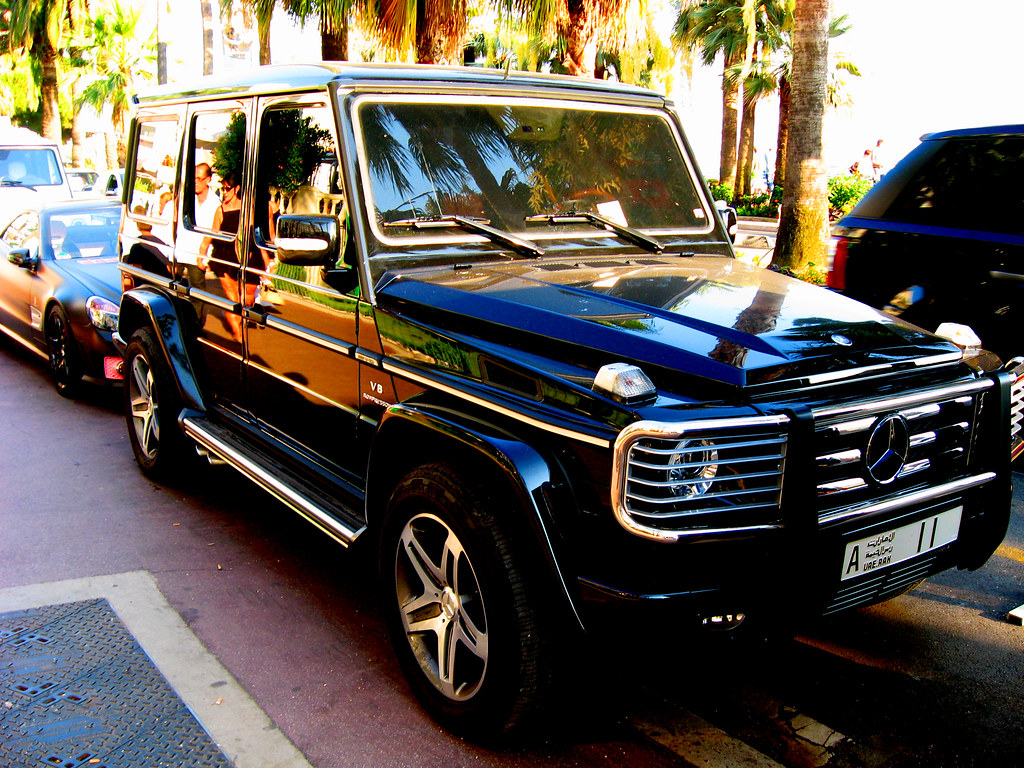 The world 39 s most recently posted photos of g55 and matte for Garage mercedes cannes