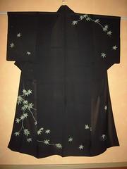 Black Geisha Ro Kimono (Haruyuri) Tags: black green leave silk maiko geiko geisha kimono grn ro blatt schwarz kitsuke showa hanamachi seide hikizuri