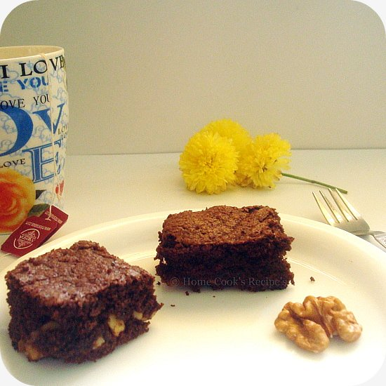 Brownie's with Tea