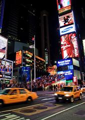 Taxis on Times Square (Nataraj Metz) Tags: newyorkcity usa newyork advertising nacht manhattan taxis midtown timessquare nasdaq tribune tribne vereinigtestaaten