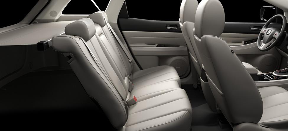 Mazda CX-7 rear seat passengers