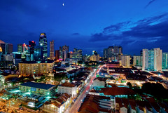 532 Chinatown (Souvik_Prometure) Tags: singapore bluehour singaporechinatown nikond80 nikkor1024 nikon1024mm souvikbhattacharya nikkor100240mmf3545 nikon100240mmf3545 nikkor100240mm nikon100240mm