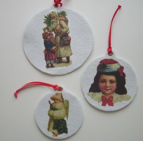 3 pack vintage style Christmas ornaments