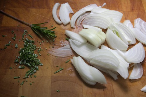 sliced onions & rosemary