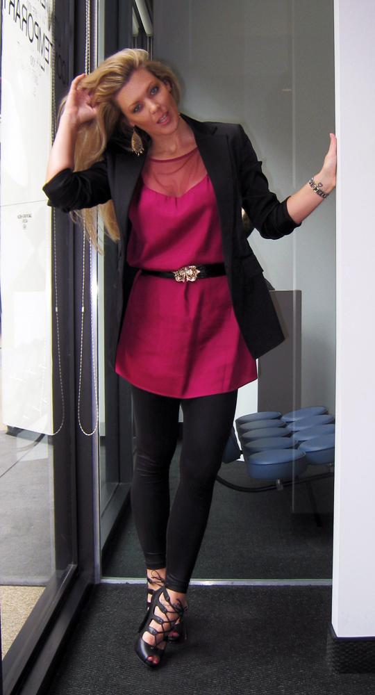 berry-dress-black-gold-1
