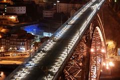 Porto by night 09 - Ponte Dom Luis 1 (christian.parreira) Tags: light train neon mtro eiffel gustave