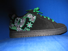 shoes (bnilsen) Tags: green nathaniel laces shooz greenlaces